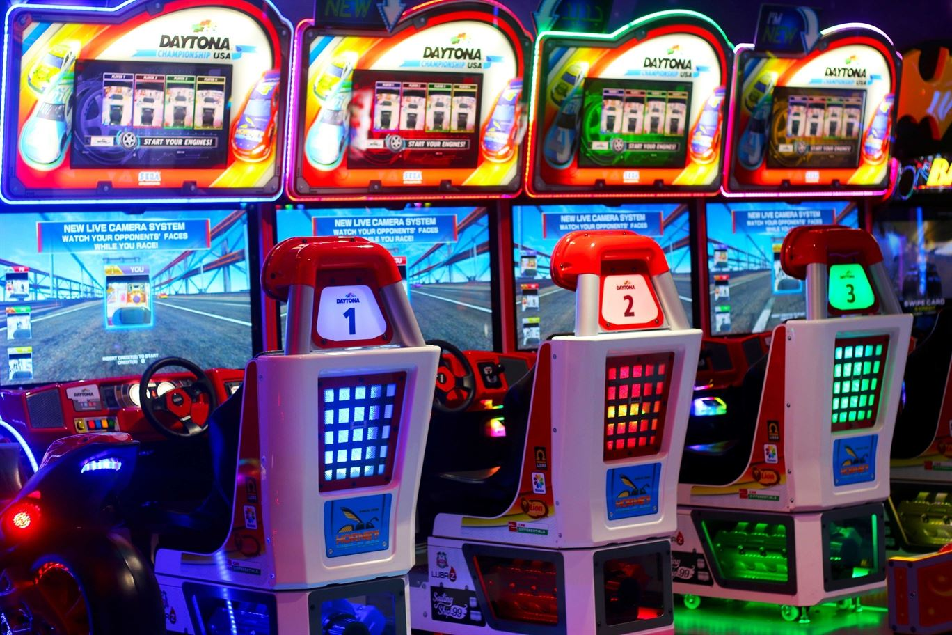 Daytona USA game at Mall of the Emirates