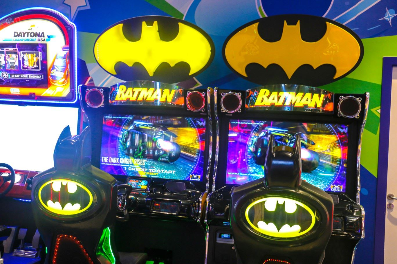 Batman game at Magic Planet City Centre Meaisem