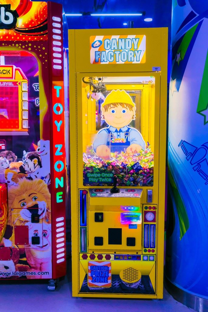 Candy Factory game at Magic Planet Dana Mall