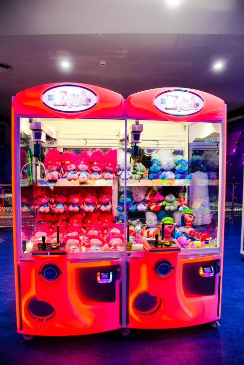 E-Claw game at Magic Planet Dana Mall